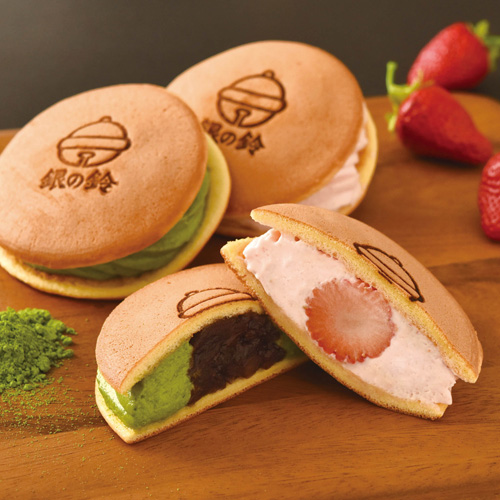 銀の鈴サンドパンケーキ(抹茶&あんこ・苺)
